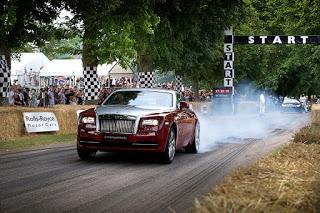 Rolls Royce mais rápido que Porsche 918 Spyder