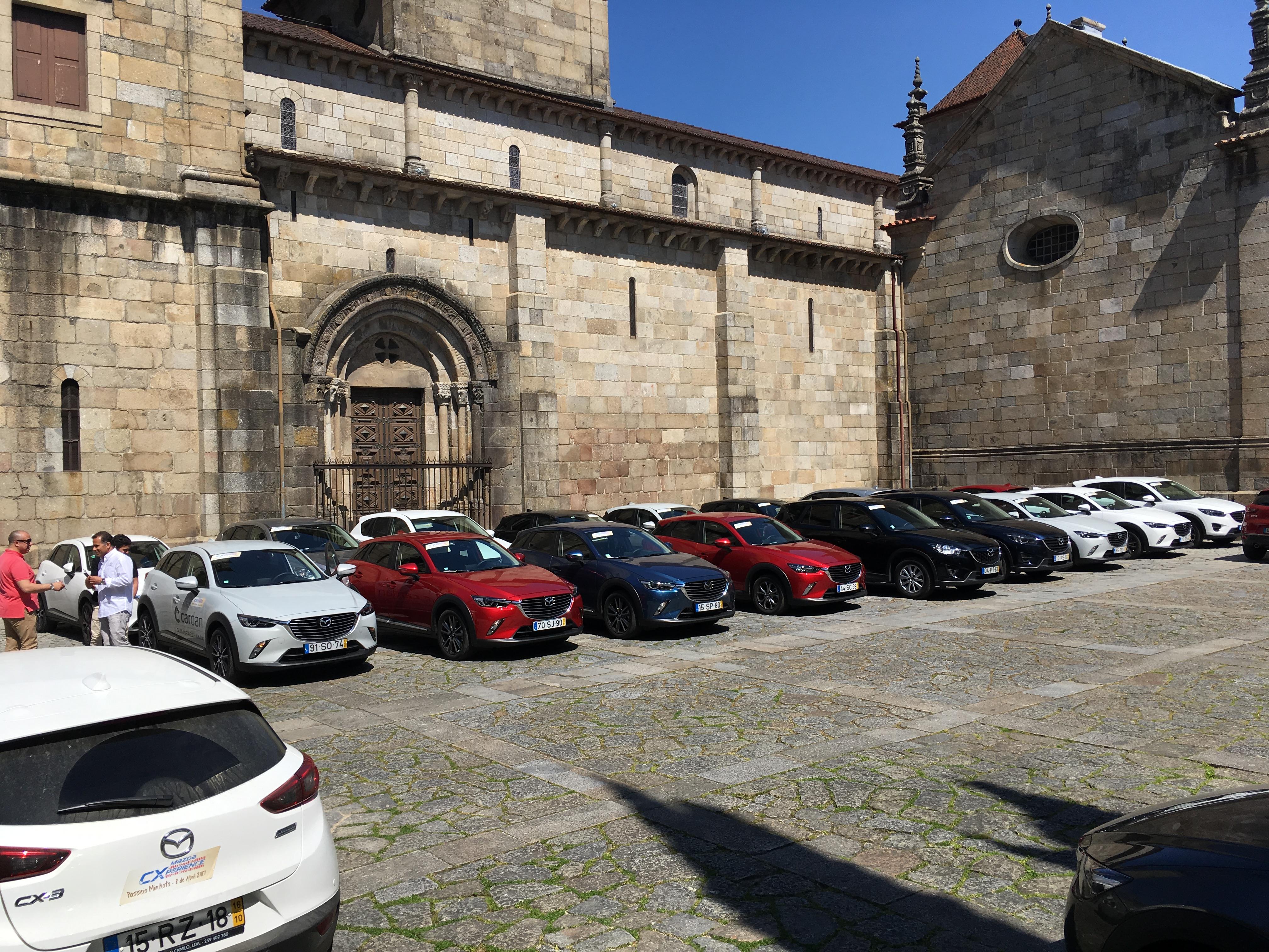 Acompanhámos o Mazda CXperience por terras Minhotas