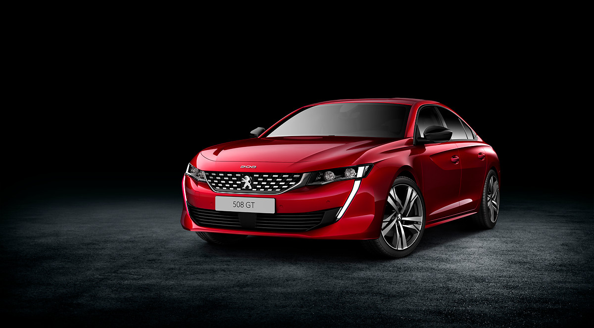 Peugeot apresenta novo 508