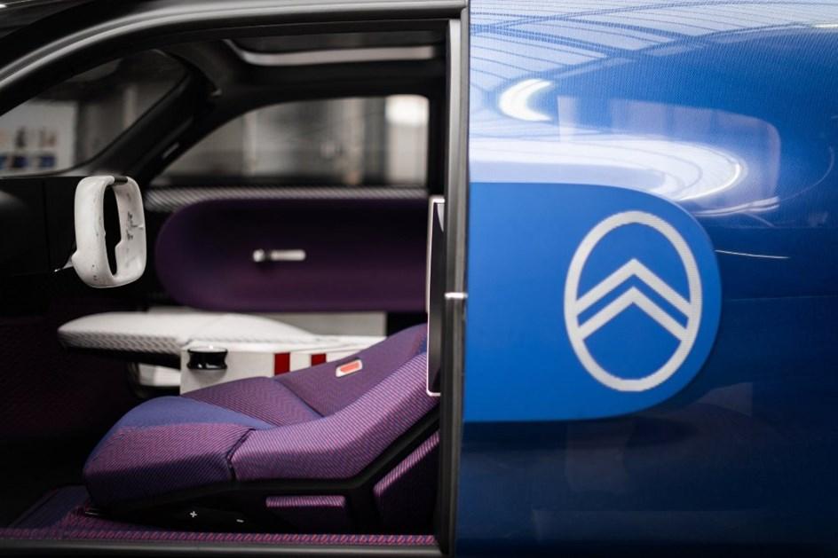 """Diretor de design da Citroën confirma """"surpresa"""" para o final do ano"""