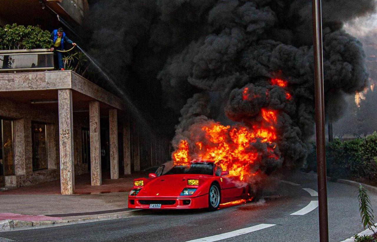 Lembras-te do Ferrari F40 que ardeu no Mónaco? Vai ser recuperado…