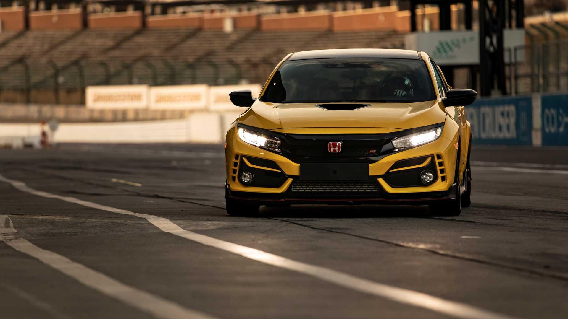 """Honda recupera recorde na """"sua casa"""" batendo o Mégane R.S. Trophy-R"""