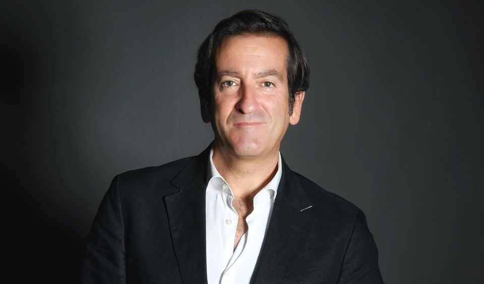 Alejandro Mesonero-Romanos volta a trocar de marca…passa a ser responsável de estilo da Alfa Romeo